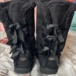 UGG Shoes - Black Ugg's